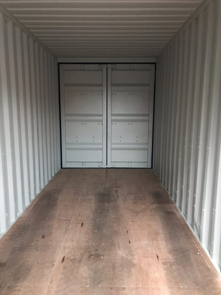 Контейнер с двумя дверями - фото